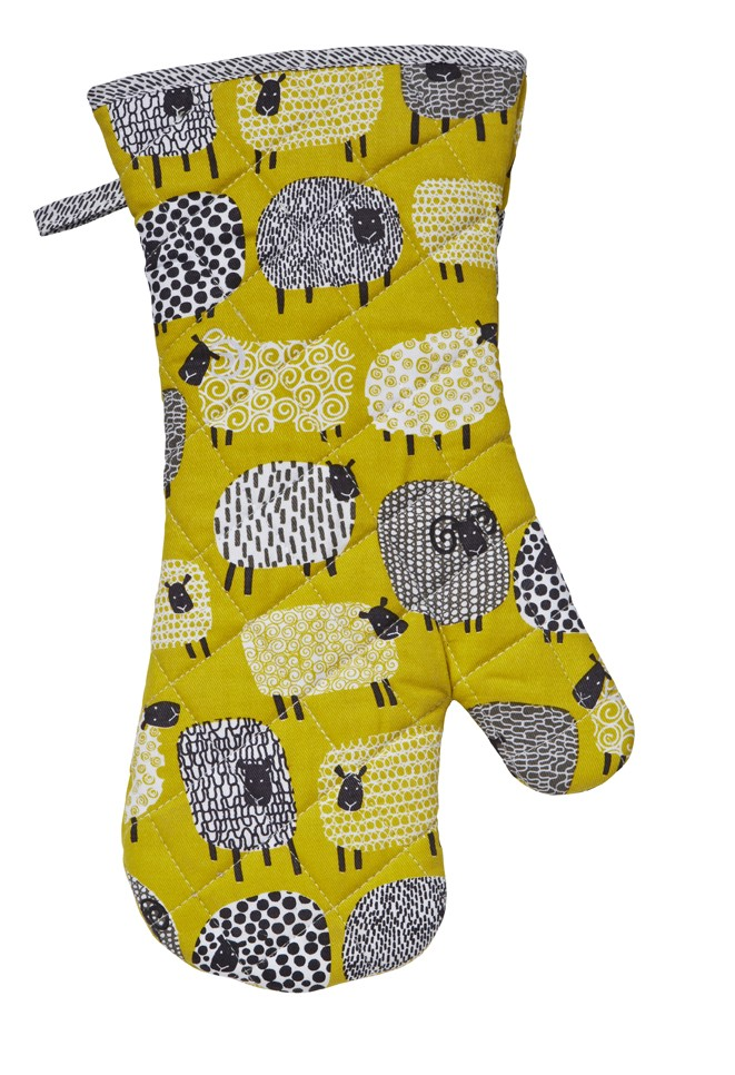Dotty Sheep Oven Gauntlet