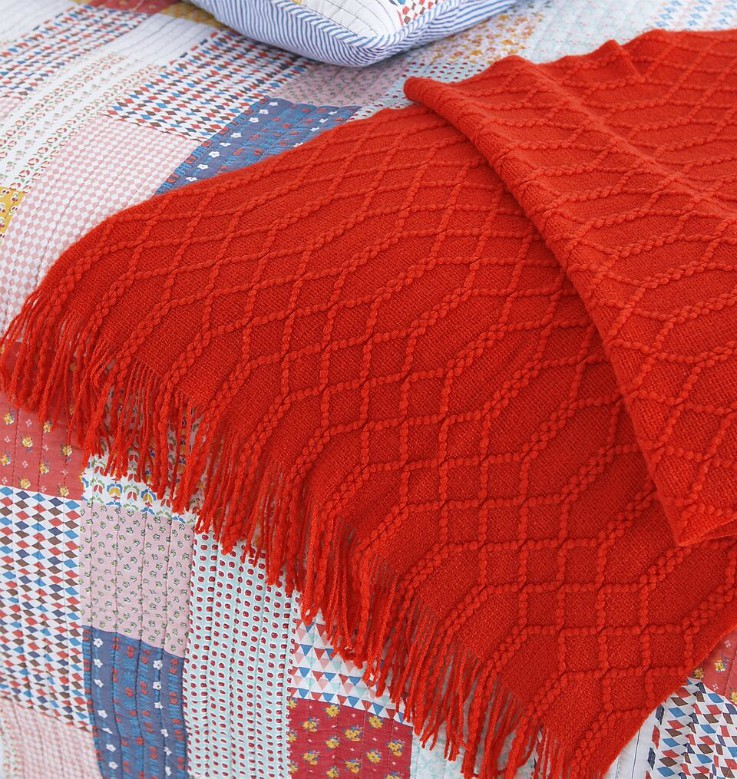 Tunis Scarlet Throw - 130 x 150cm